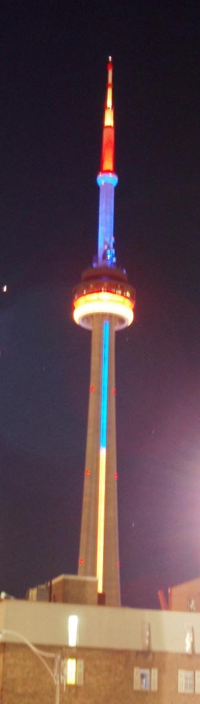 Toronto tower at night